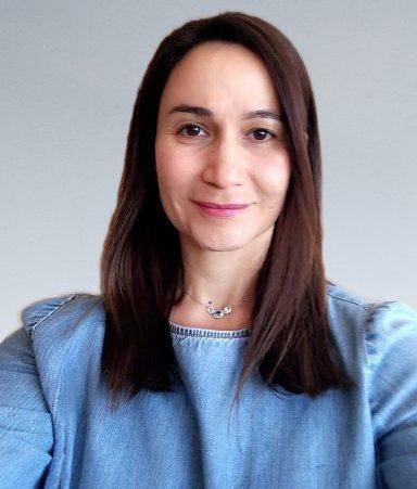 Daniela Hernandez4